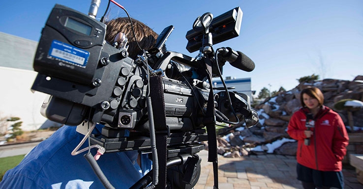 Photogs for KTVX are using JVC GY-HM890 ProHD camera to produce live ENG report with just the camera.